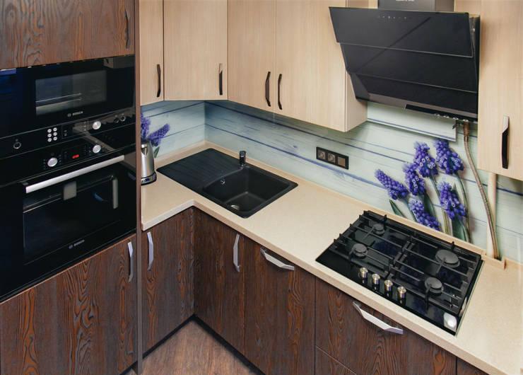 Декорирование интерьера и консультационные услуги дизайнера для однокомнатной квартиры:  в . Автор – ООО 'Бастет'