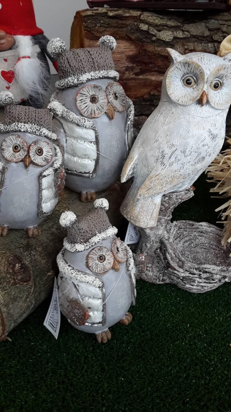 Mochos em cerâmica: Casa  por Maravilhas do Berço Lda