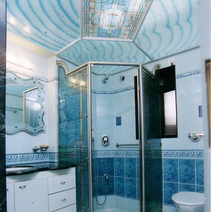 Apartment:  Bathroom by NAMAN INTERIORS - Turnkey Interior Contractors