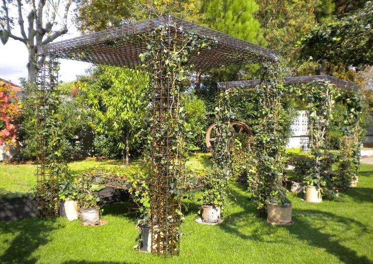 Projekty,  Ogród zaprojektowane przez STUDIO GRASSI DESIGN SRL