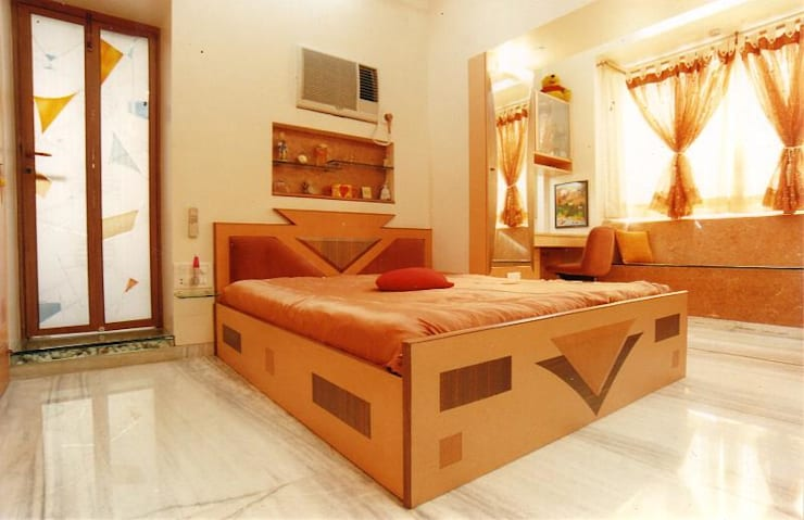 Apartment:  Bedroom by NAMAN INTERIORS - Turnkey Interior Contractors