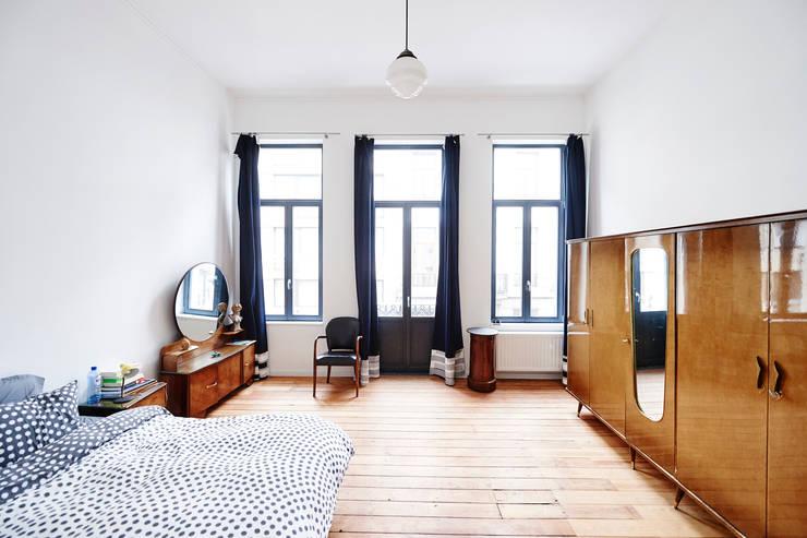 Axel & Marie: Chambre de style de style Scandinave par AUXAU