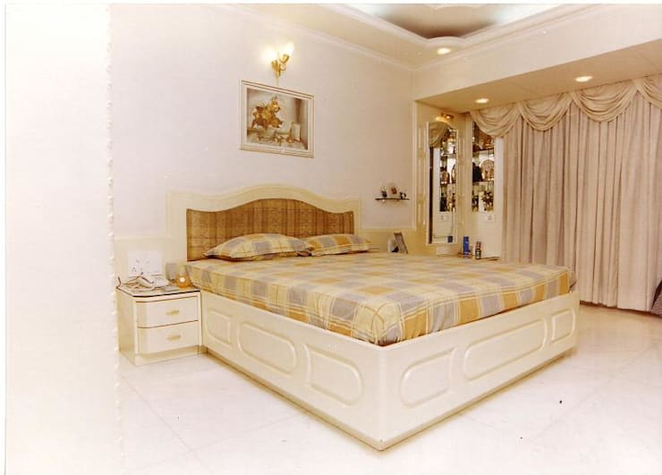Apartment:  Bedroom by NAMAN INTERIORS - Turnkey Interior Contractors