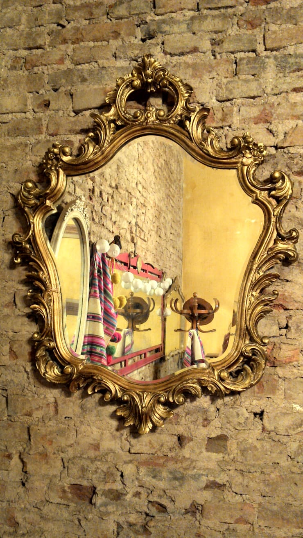 ANTIGUO ESPEJO ESTILO FRANCES TALLADO: Comedores de estilo  por Muebles eran los de antes - Buenos Aires