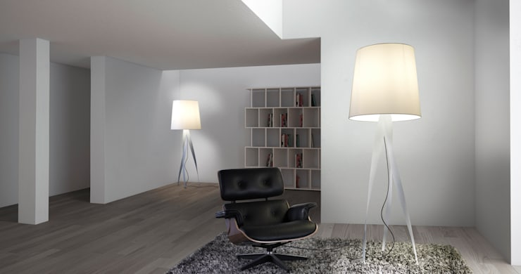 Lámpara de pie Española: Livings de estilo moderno por Griscan diseño iluminación