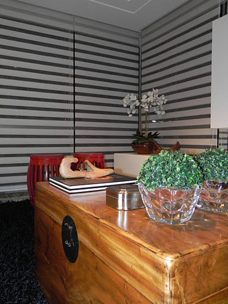 APARTAMENTO : Salas de estar  por CRAFT ARQUITETURA,Moderno