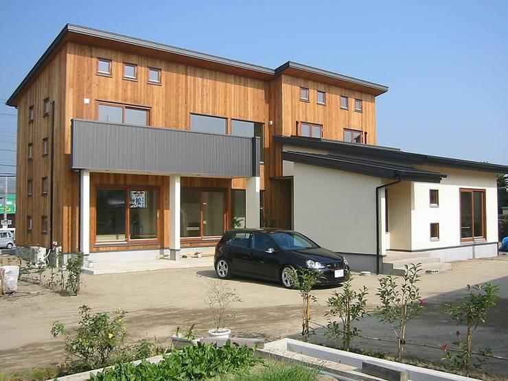 HOUSE華茶庵: 設計工房 A・D・FACTORY 一級建築士事務所が手掛けた家です。
