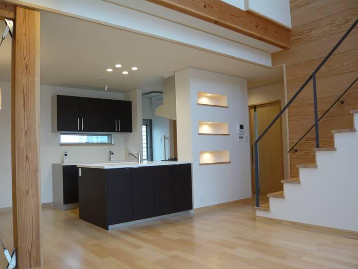 北野の稲穂庵: 設計工房 A・D・FACTORY 一級建築士事務所が手掛けたキッチンです。