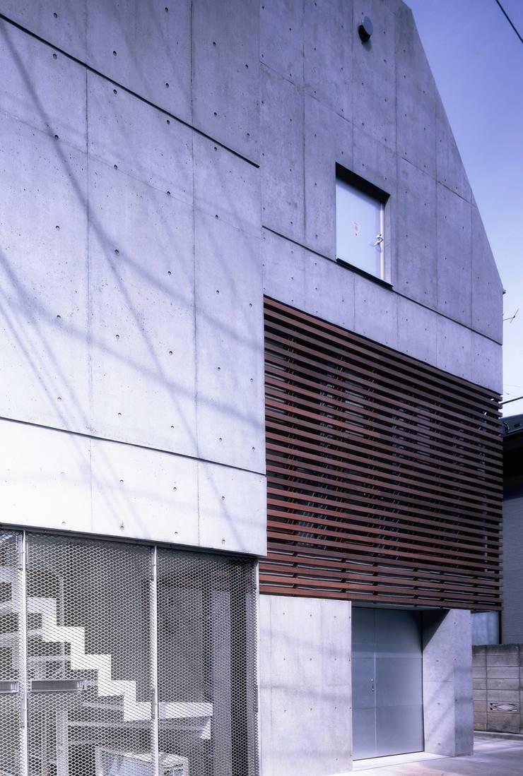 板の家: スズケン一級建築士事務所/Suzuken Architectural Design Officeが手掛けた家です。