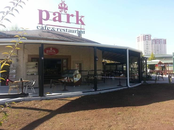 Blue Home  – PARK CAFE:  tarz Yeme & İçme, Modern Aluminyum/Çinko