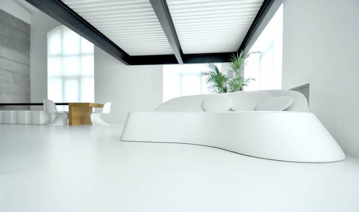Progetto: Soggiorno in stile in stile Moderno di studio aGV di Gianpietro Venturini