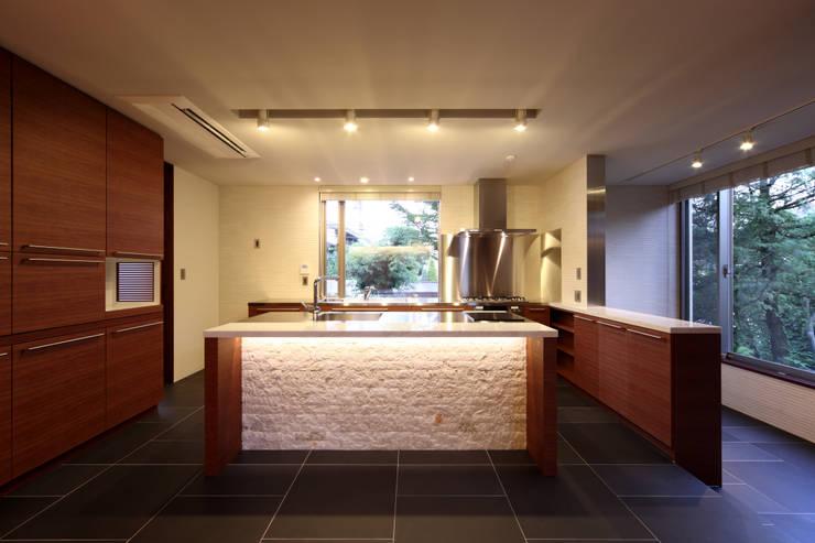 世田谷区K邸: 一級建築士事務所マルスプランニング合同会社が手掛けたキッチンです。