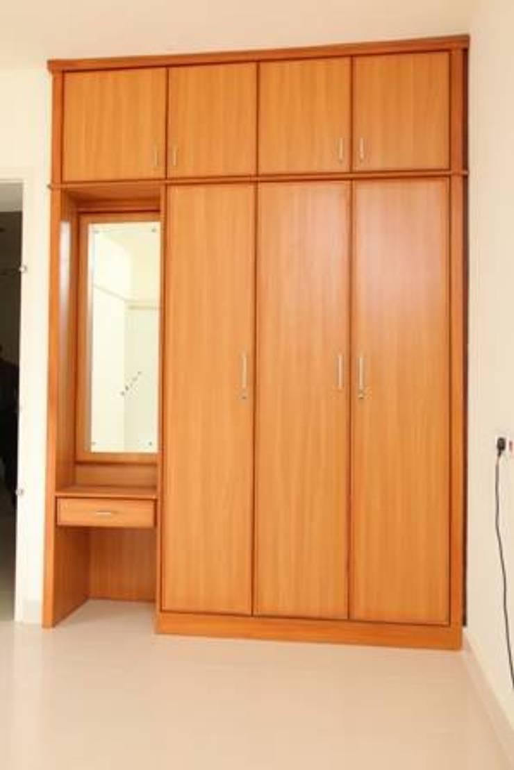 TRADITIONAL INTERIORS.: modern Bedroom by homecenterktm