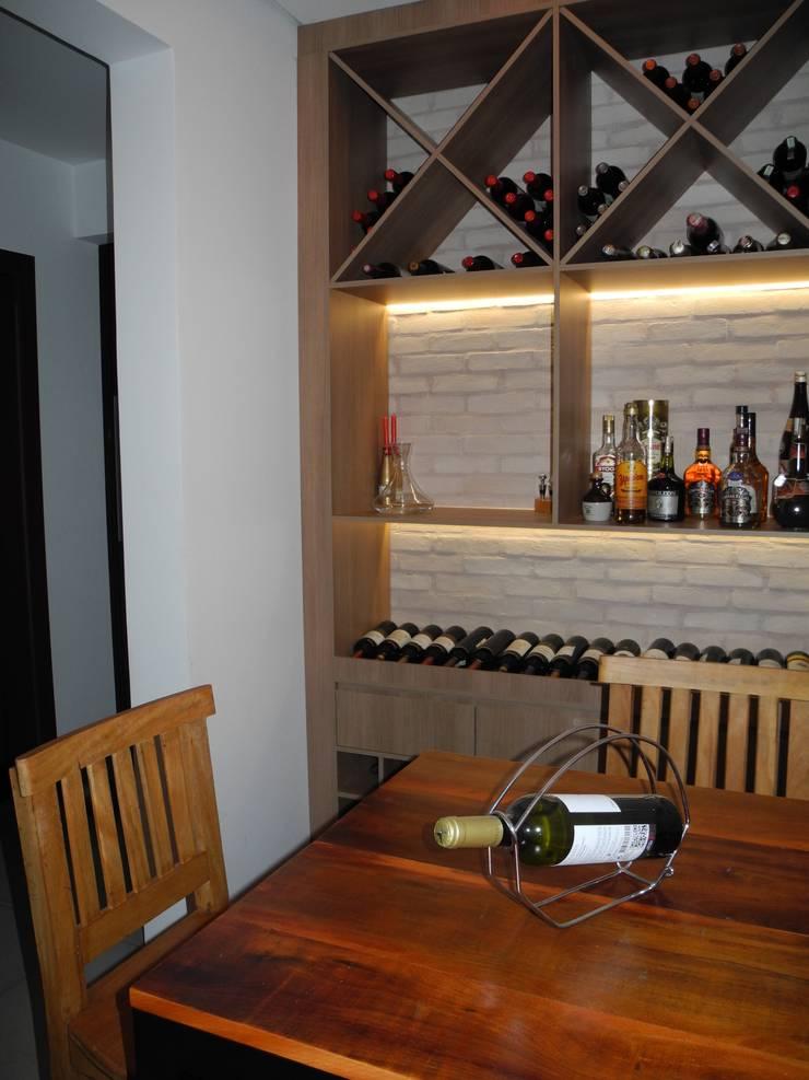 Adega Residencial Adegas rústicas por Josi Banov Designer de Interiores Rústico MDF