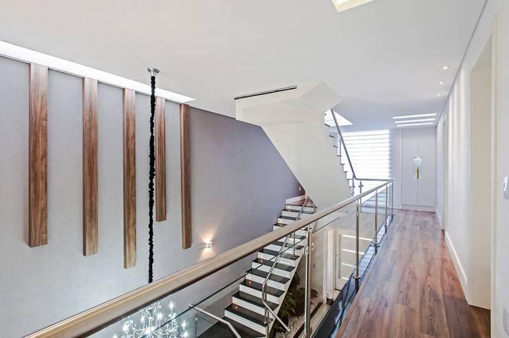 الممر والمدخل تنفيذ Patrícia Azoni Arquitetura + Arte & Design