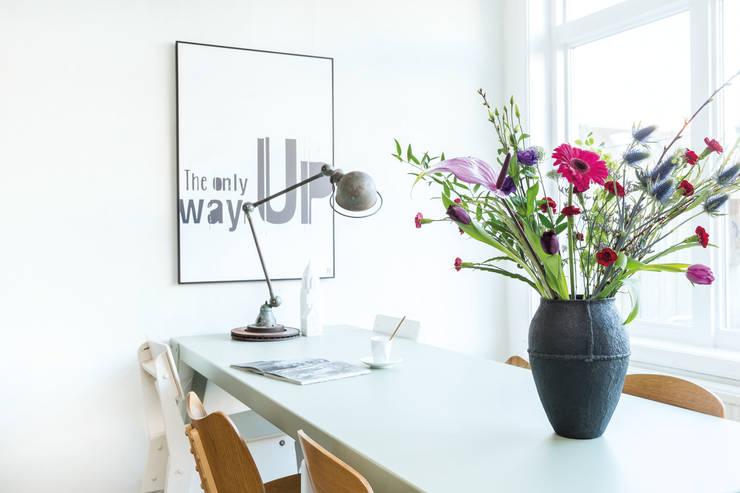 Study/office by Bloomon Deutschland