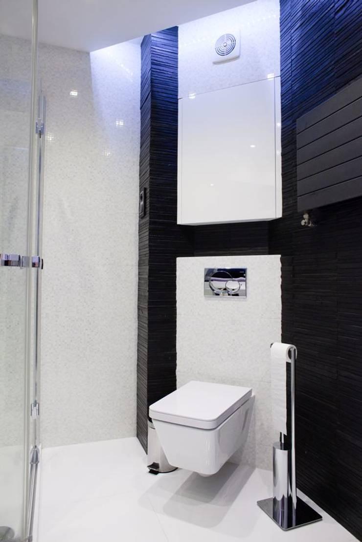Toaleta: styl , w kategorii Łazienka zaprojektowany przez Viva Design - projektowanie wnętrz,Nowoczesny Płytki