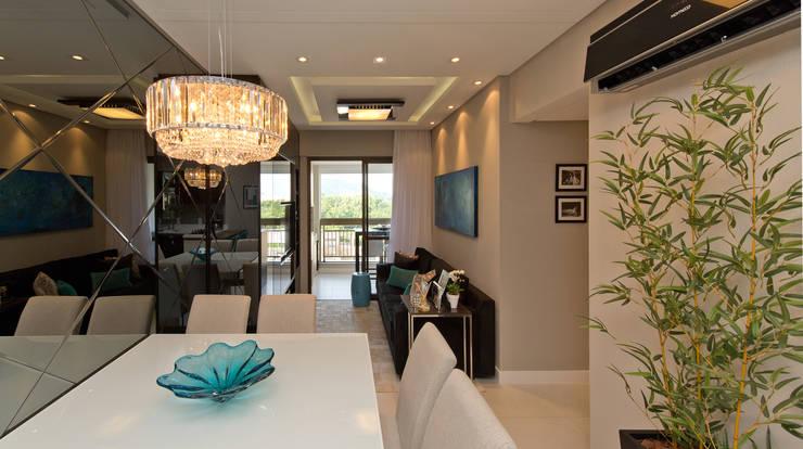 Apartamento Completo Itacorubi – M.N.B: Salas de estar modernas por Kris Bristot Arquitetura