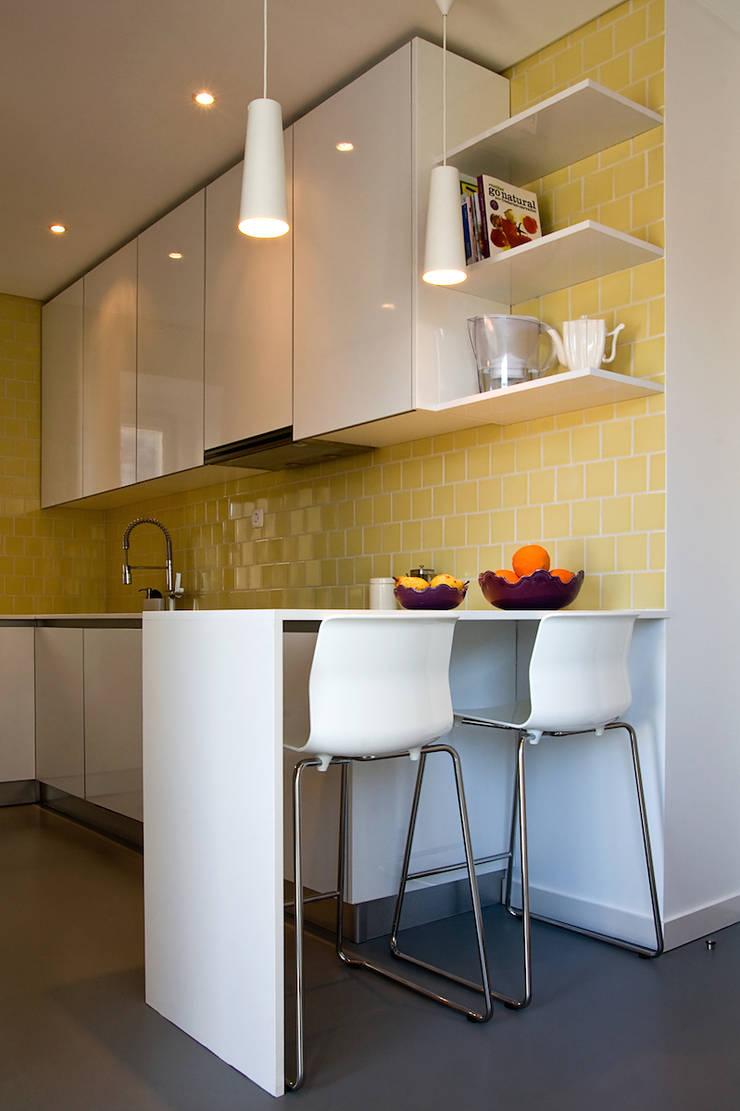 Apartamento CT: Cozinhas  por involve arquitectos