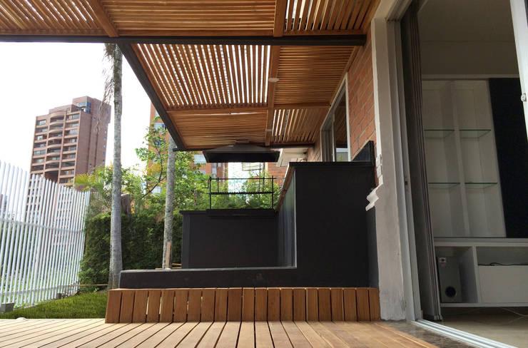 FOTOGRAFÍA INTERIOR DESDE ACCESO:  de estilo  por ALSE Taller de Arquitectura y Diseño