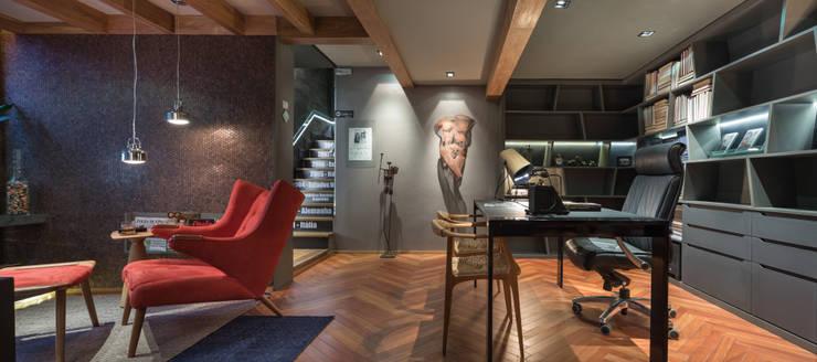 Casa Cor 2015 – Espaço Corleone: Escritórios  por Mundstock Arquitetura