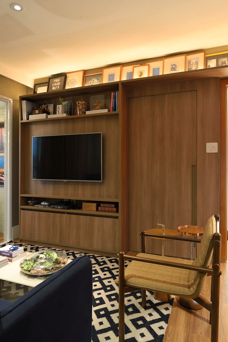 Apartamento pequeno – 43m²: Salas de estar  por Moreno e Brazileiro | Arquitetos