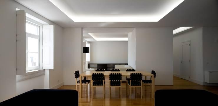 BICA Arquitectos의  다이닝 룸
