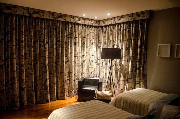 Dormitorios de estilo  por Estudio Negro