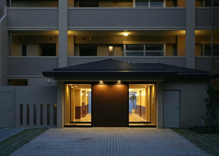 アプローチ: PROSPERDESIGN ARCHITECT OFFICE/プロスパーデザインが手掛けた廊下 & 玄関です。