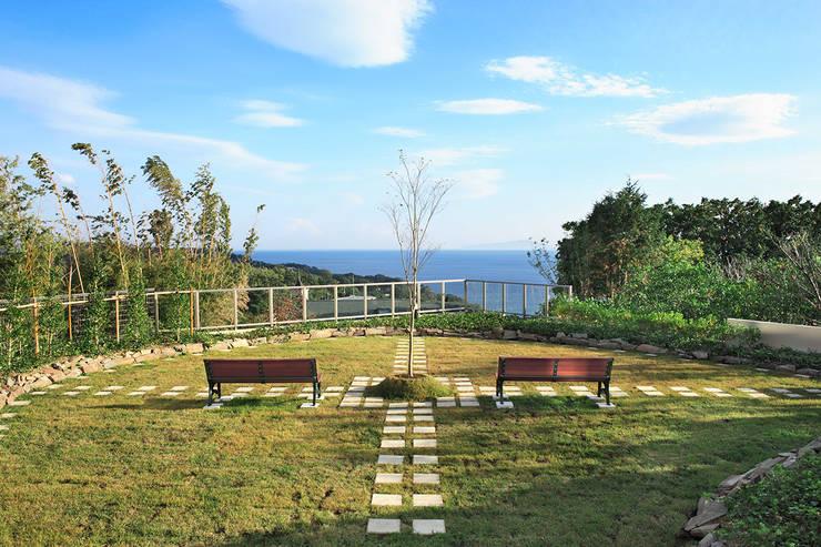 自然と対話をする: PROSPERDESIGN ARCHITECT OFFICE/プロスパーデザインが手掛けた庭です。
