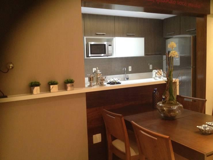 Apartamento de 60m2: Cozinhas  por Studio HG Arquitetura,Moderno