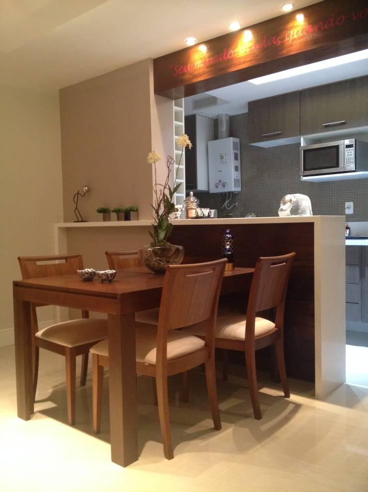 Apartamento de 60m2: Salas de estar  por Studio HG Arquitetura,Moderno