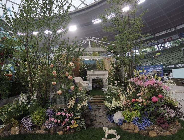 国際バラとガーデニングショウ受賞作品 歌庭コラボのルーツ? クラシカルな 庭 の 株式会社冬樹庭園 クラシック