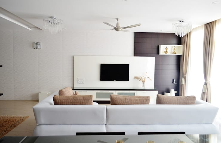 """<q class=""""-first""""> I Belong To U </q>:  Living room by Artis Interiorz Private Limited"""