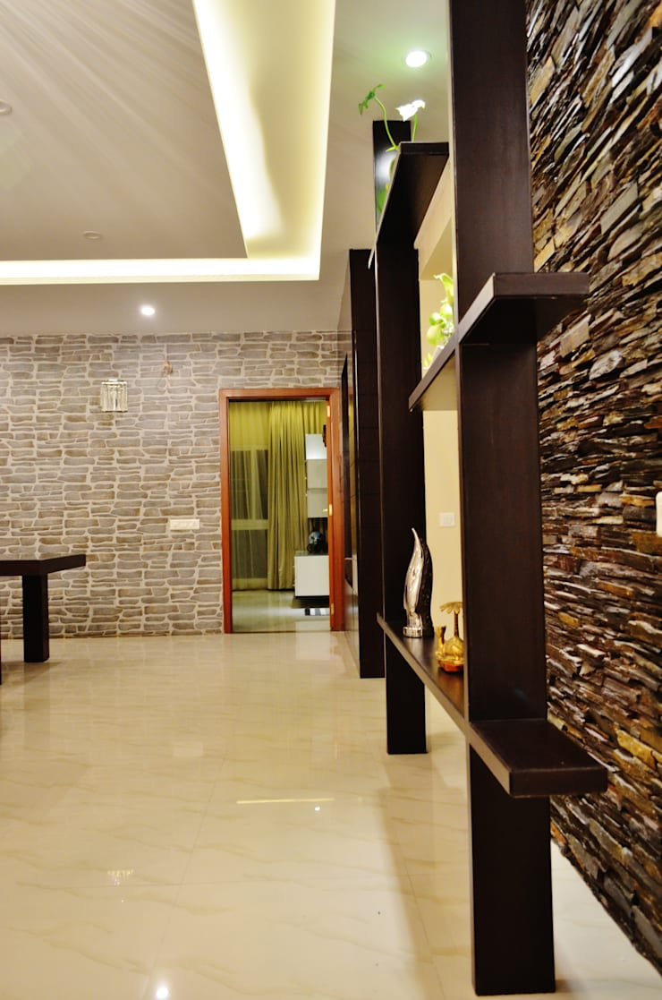 """<q class=""""-first""""> I Belong To U </q>:  Corridor, hallway & stairs  by Artis Interiorz Private Limited"""