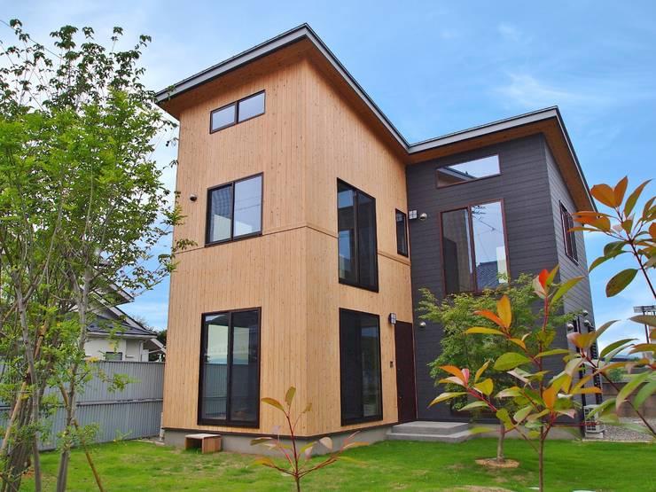 スギバコ: 凰建設株式会社が手掛けた家です。