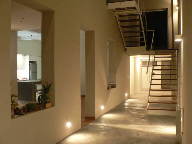 Houses by Paula Mariasch - Juana Grichener - Iris Grosserohde Arquitectura