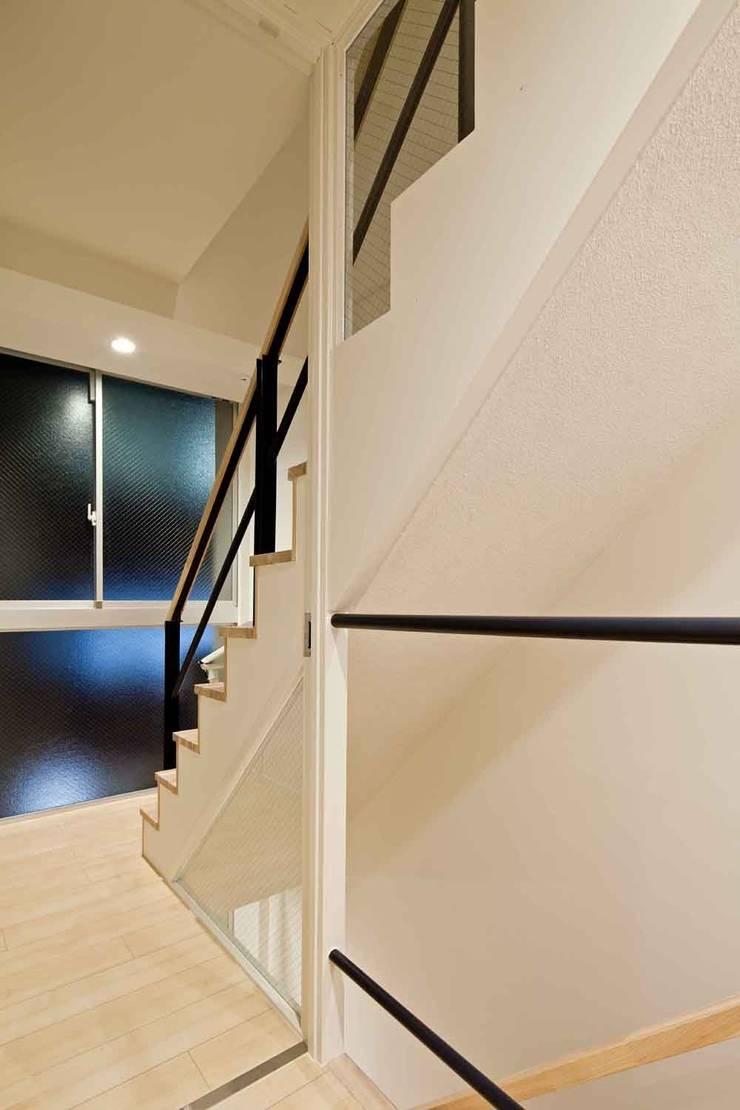 都心の家 NY邸: 細江英俊建築設計事務所が手掛けたです。,