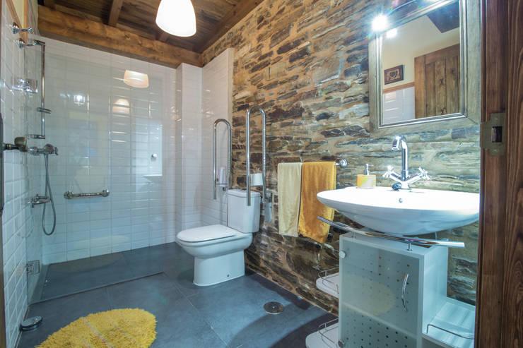 Casas de banho campestres por Decoraciones Gladys