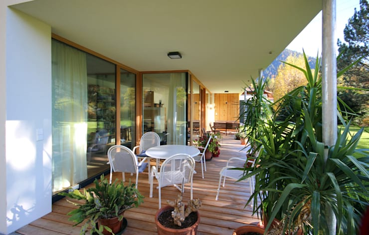 Terrazas de estilo  por BESTO ZT GMBH_ Architekt DI Bernhard Stoehr