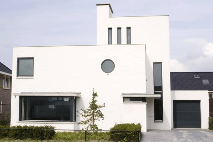 woonhuis te Tilburg:  Huizen door cock struycken architektenburo avb bna