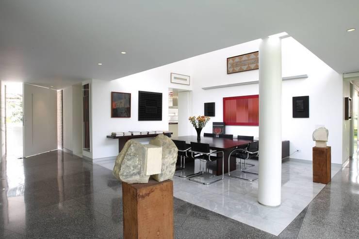 Comedores de estilo  por oda - oficina de arquitectura