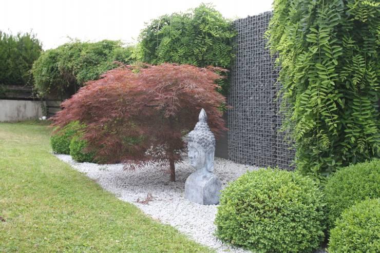 Projekty,  Ogród zaprojektowane przez WOHNGLÜCK Immobilien