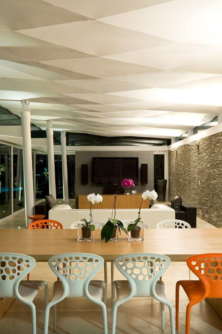 Dining room by oda - oficina de arquitectura, Modern