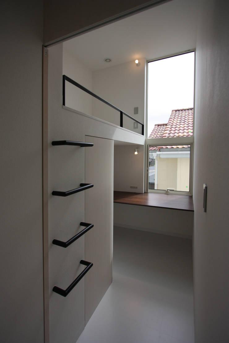 K-house: クコラボ一級建築士事務所が手掛けた子供部屋です。,