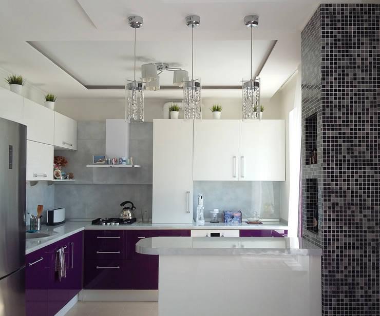 Квартира-студия г.Новороссийск: Кухни в . Автор – Yana Ikrina Design