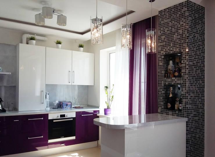 Квартира-студия г.Новороссийск: Кухни в . Автор – Yana Ikrina Design,