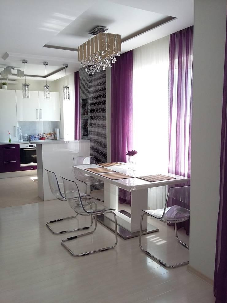 Квартира-студия г.Новороссийск: Гостиная в . Автор – Yana Ikrina Design