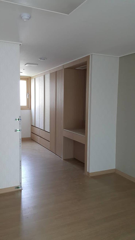 동탄2신도시 아파트: 인테르노 마고(Interno Mago)의 현대 ,모던