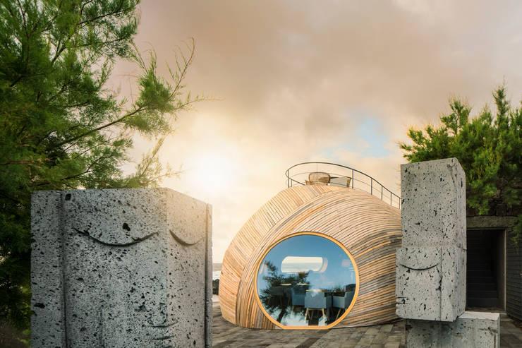 Cella Bar:   por Fcc Arquitectura